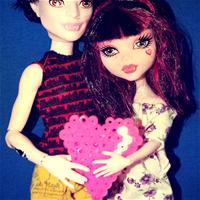 Как Лаура и Дракулор провели 14 февраля.