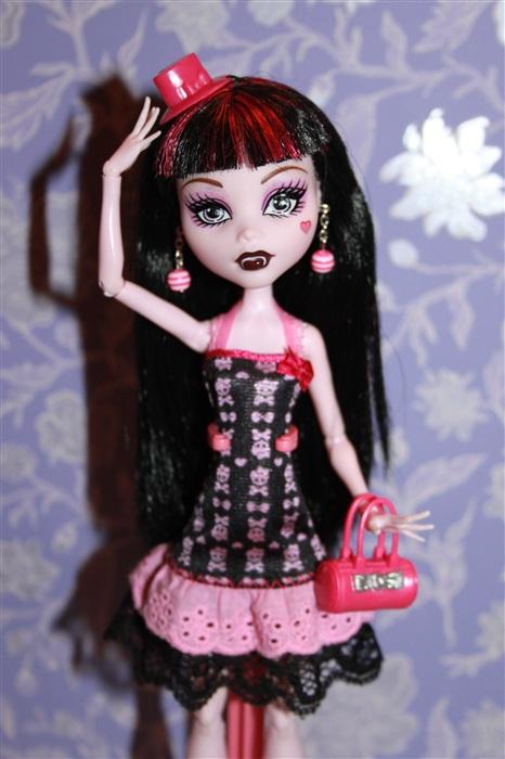 Кукла Лора