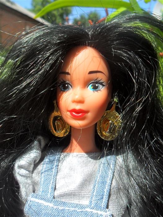 Кукла Красотка.