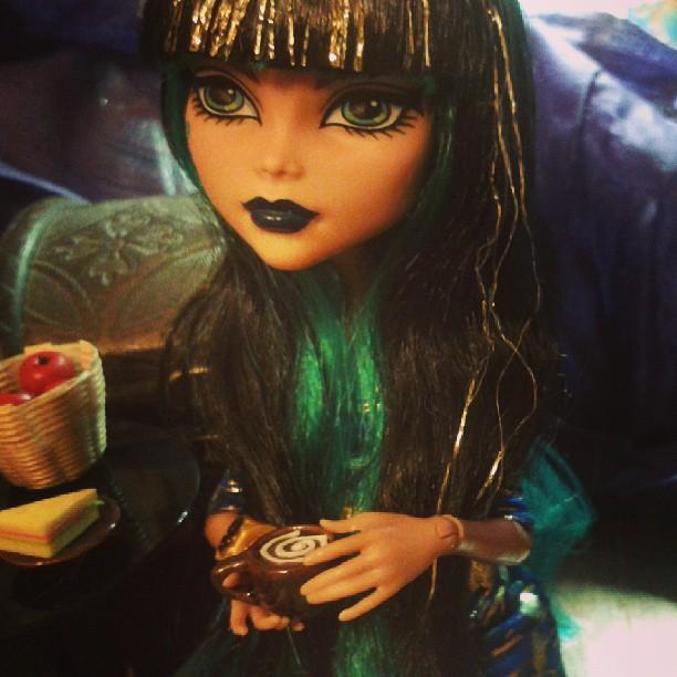 Кукла Клео / Ведьма