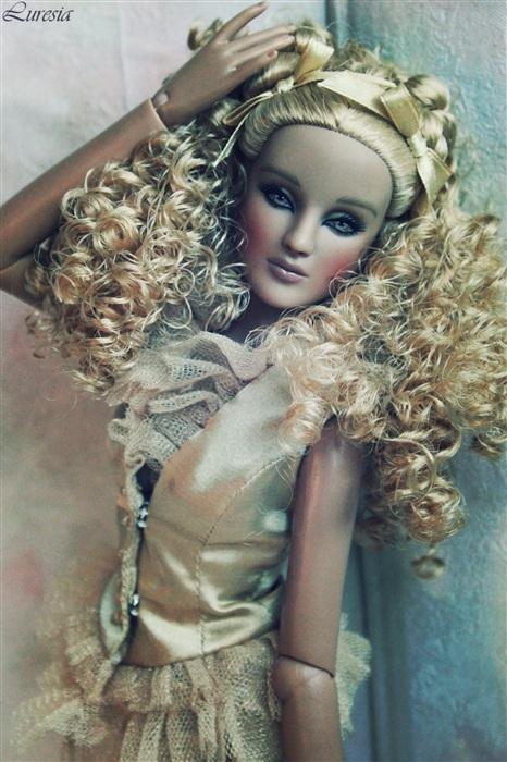 Кукла Леона