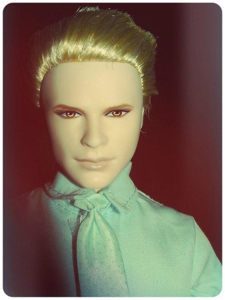Кукла Carlisle Cullen