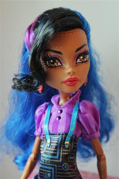Кукла Ванесса