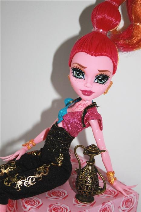 Кукла Аравита