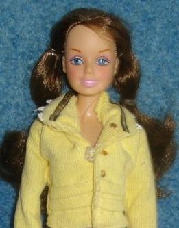 Кукла Ясмин Линес