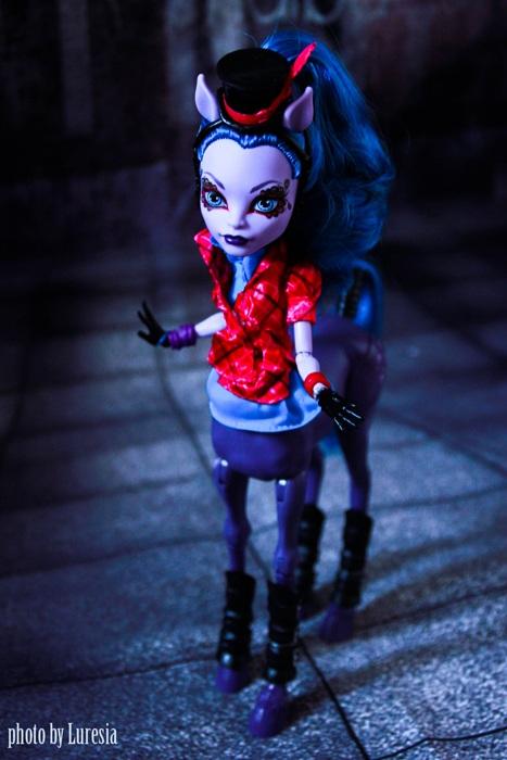 Кукла Октавия