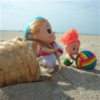 Море. День 2. На пляже две малявки