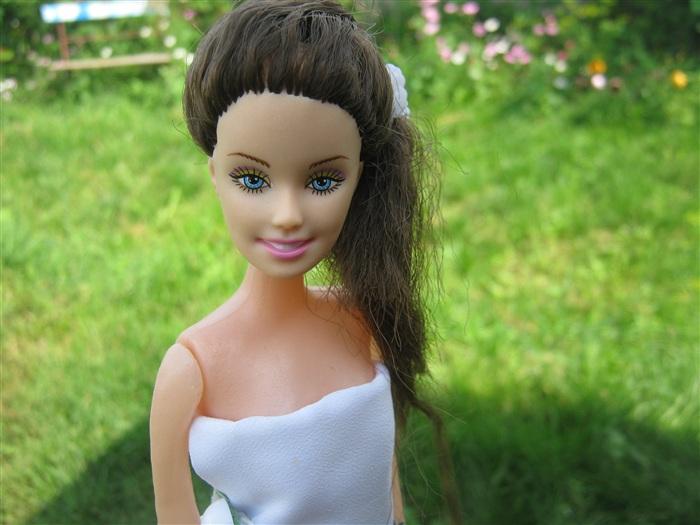 Кукла Асият Омергалиева