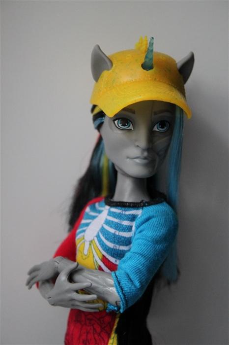 Кукла Neightan Rot