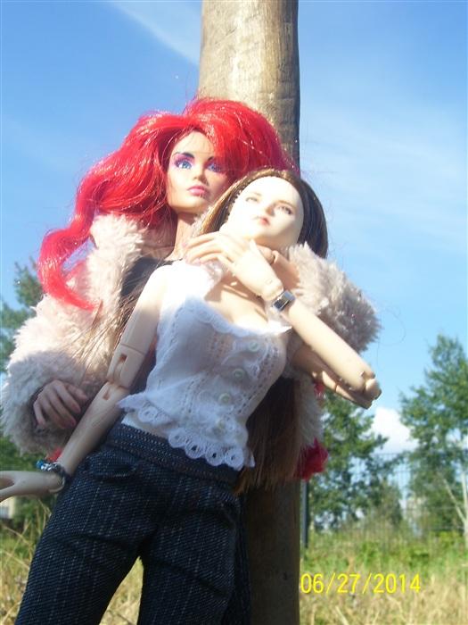 Кукла Викто́рия