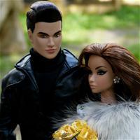 Димка и его невеста.( Фото и кукла принадлежит Людмиле Антипиной)