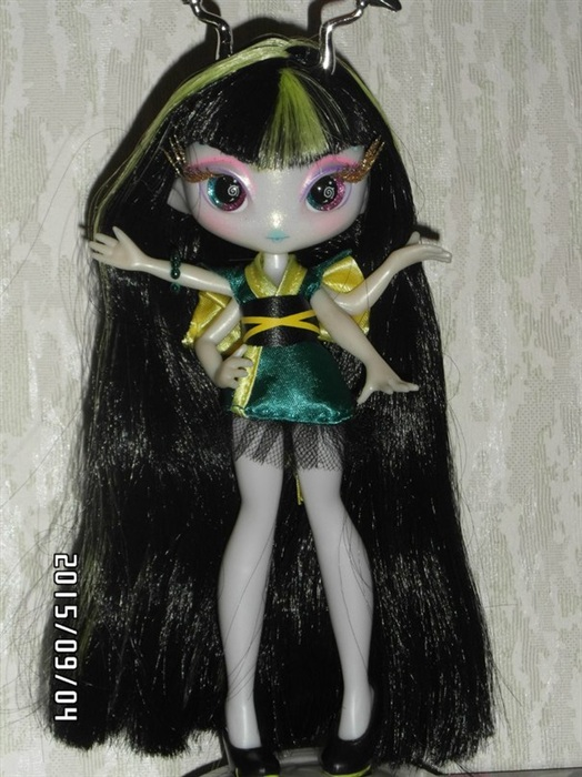 Кукла Malie Tasker