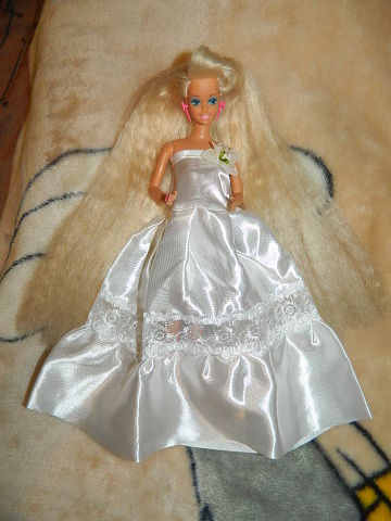 Кукла Барбуся-1