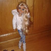 Не хочется, чтобы блог по таким интересным куколкам загнулся..