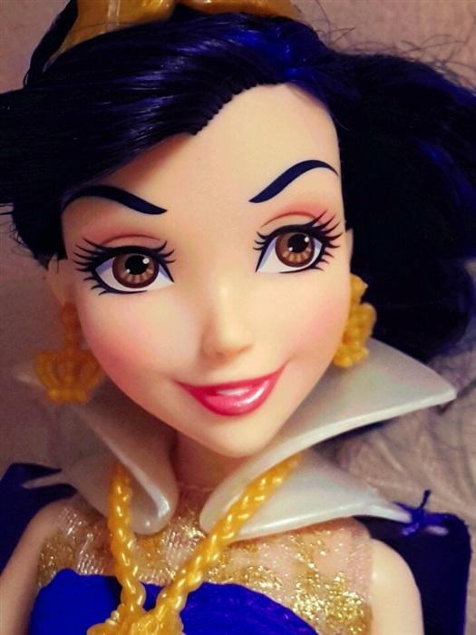 Кукла Descendants - Evie