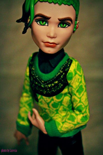 Кукла Дьюс