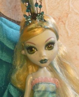 Кукла Дана