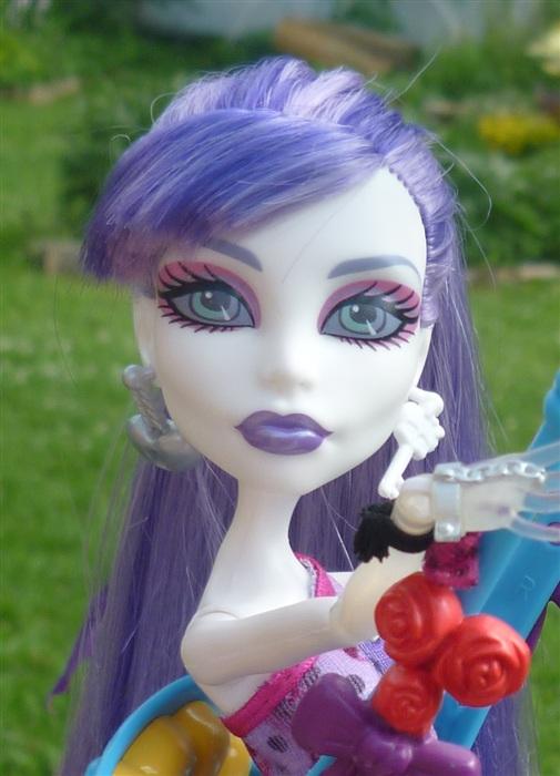 Кукла Спектра Вондергейст