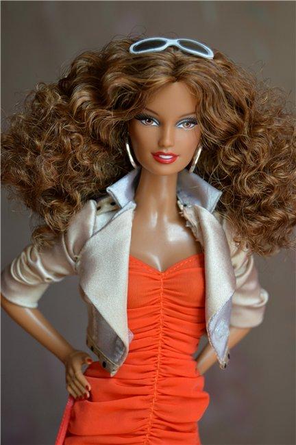 Кукла Karolina