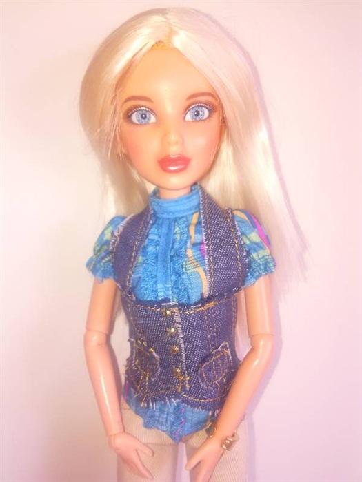 Кукла Liv Sophie Making waves