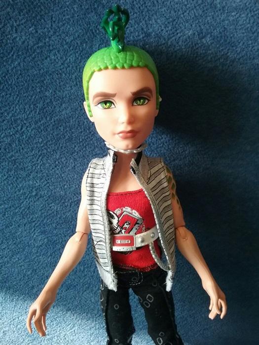 Кукла снова Дьюс