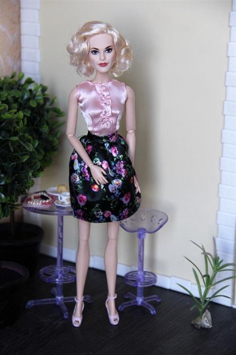 Кукла Вирджиния Лейн