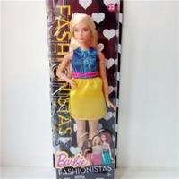 "Barbie""Fashionistas""Doll 22 Chambray Chic - Curvy."