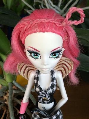 Кукла Мелоди
