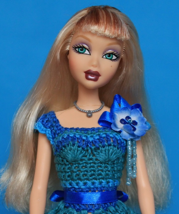 Кукла Николь