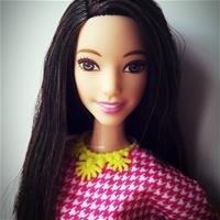 Barbie Fashionistas #30 White & Pink Pizzazz