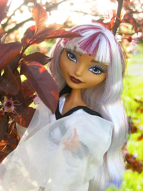 Кукла Абэ-но-Кюби