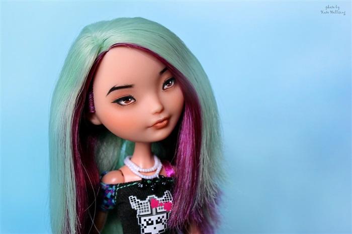 Кукла Emiko