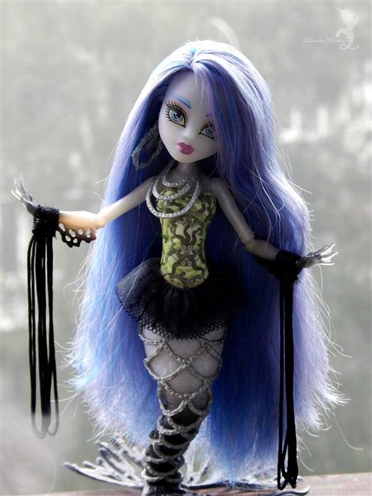 Кукла Тсера