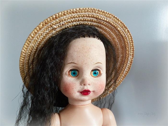 Кукла Каролина