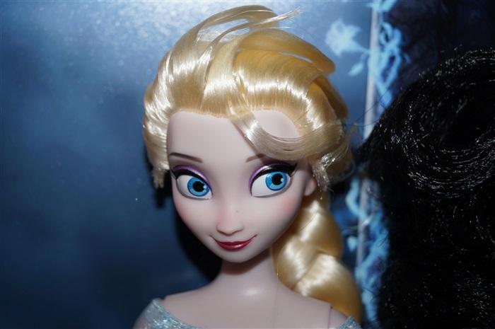Кукла Disneystore Elza