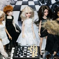 Черное и белое. Кукловстреча в Москве