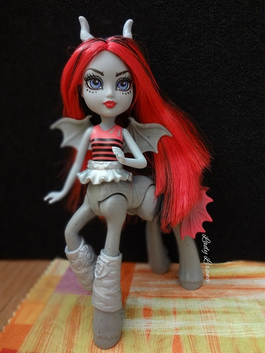 Кукла ???