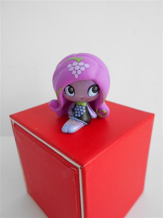 Кукла Ари Хантингтон Fruit