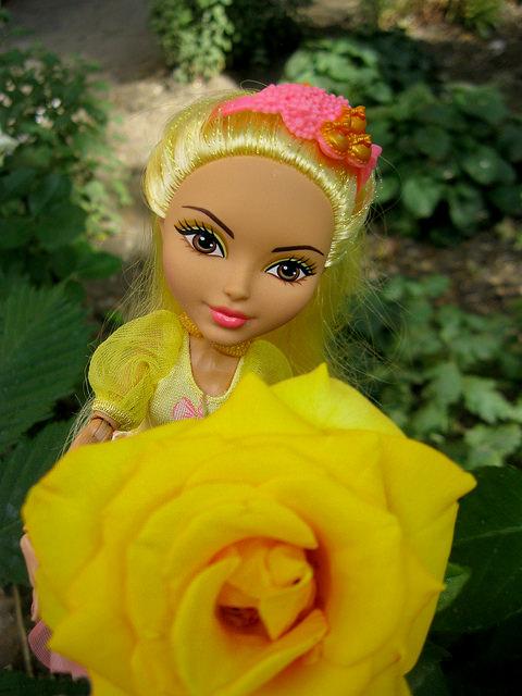 Кукла Юлия