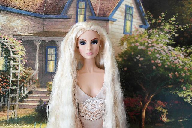Кукла Eve