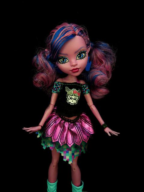 Кукла Тири