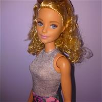 Barbie fashionistas 70