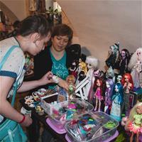 Встреча любительниц Monster High