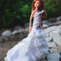 Невеста в лилиях
