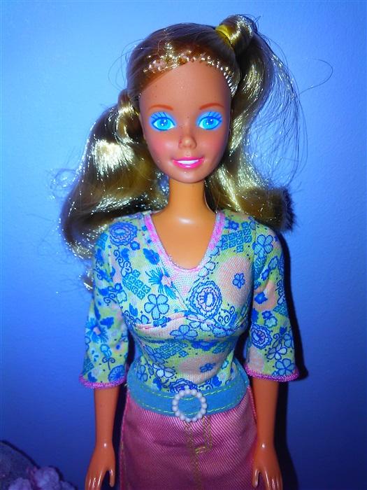 Кукла Barbie fun to dress