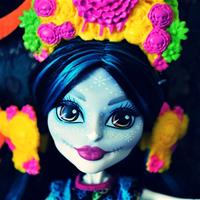 Monster High Collector: Skelita Calaveras