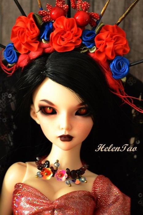 Кукла Zoe Lloyd